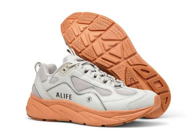 Alife® 与 FILA Trigate 特别联名新品公布