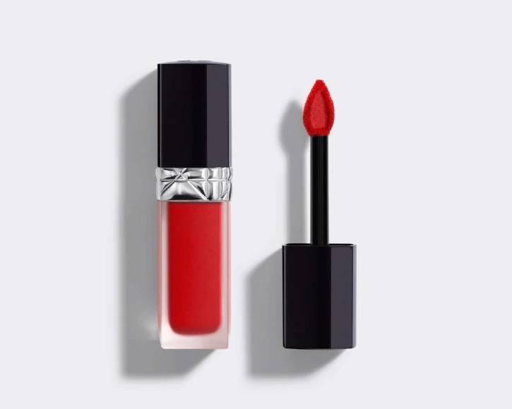 上新!Dior 新版小黑盖唇釉售价$38